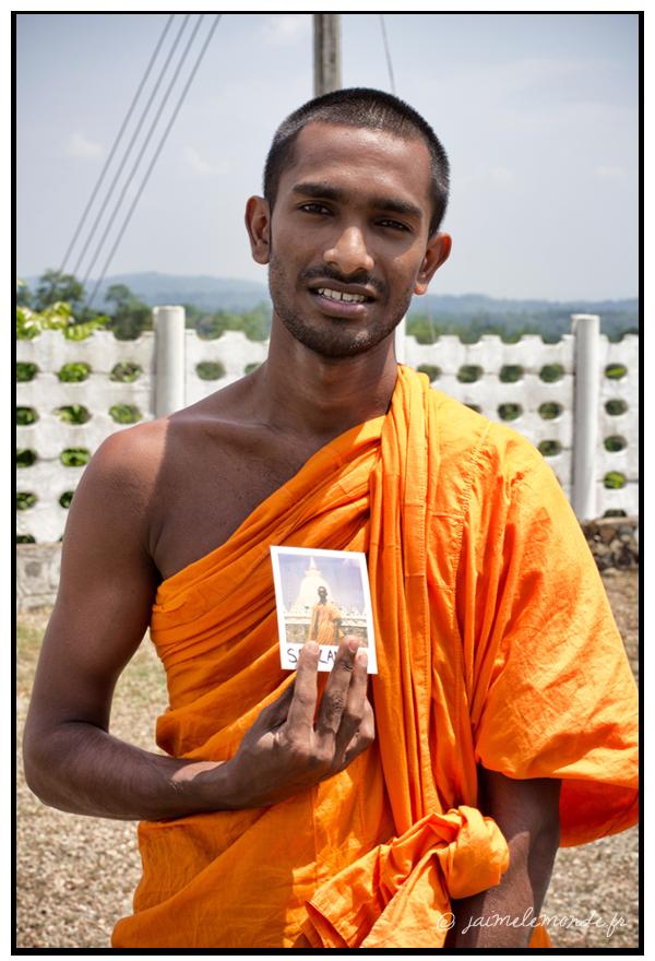 8 - moine bouddhiste - Sri Lanka