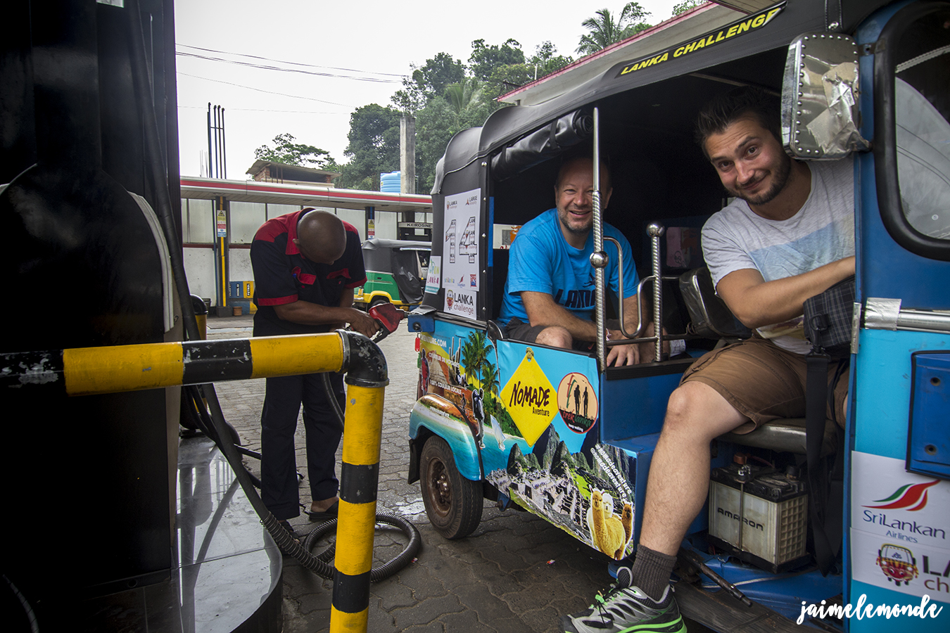 lanka-challenge-2016-avec-nomade-aventure-jaimelemonde-17