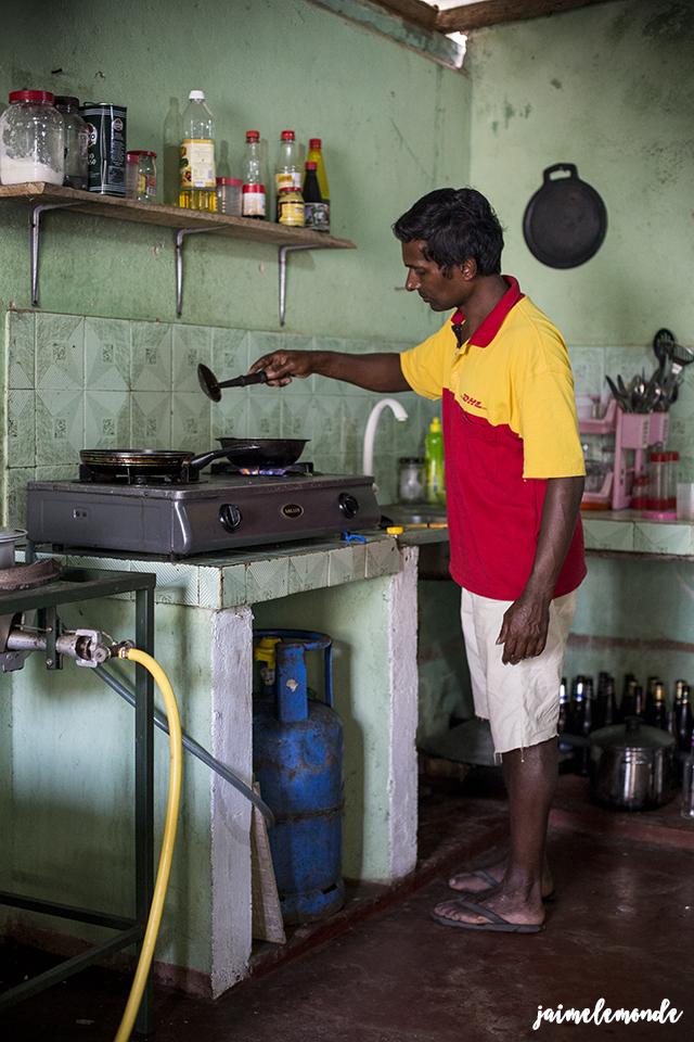 negombo-apprendre-a-cuisiner-avec-ragu-negombo-beach-house-guest-house-voyage-au-sri-lanka-jaimelemonde-14