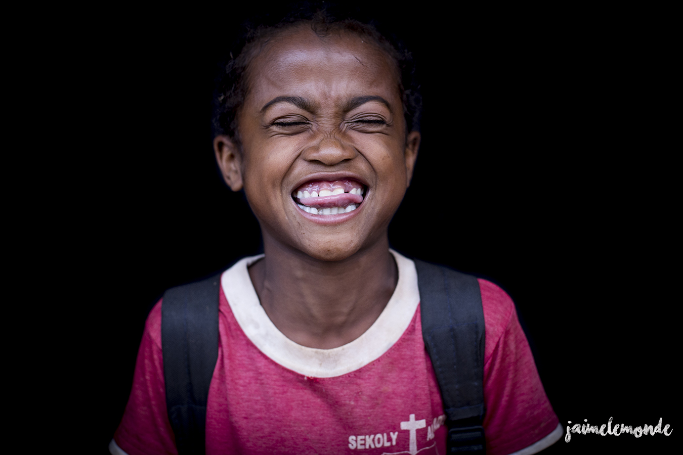 portraits-fond-noir-vohitsaoka-madagascar-jaimelemonde-15