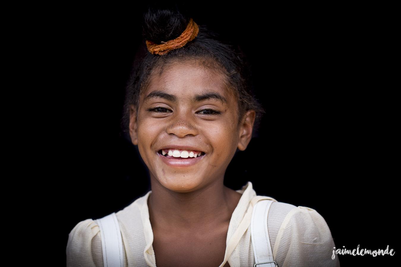 portraits-fond-noir-vohitsaoka-madagascar-jaimelemonde-23