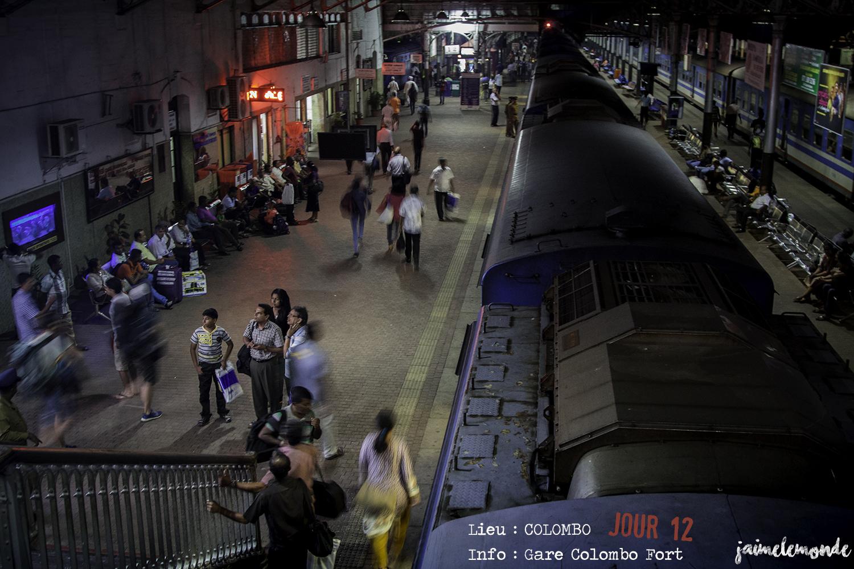Voyage Sri Lanka - Itinéraire Jour 12 - 3 Colombo - Gare de Colombo Fort - ©jaimelemonde