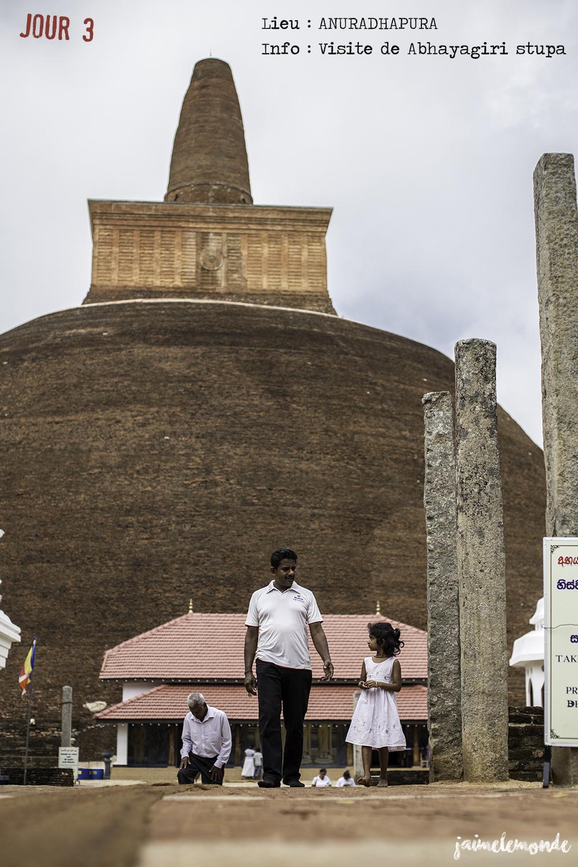 Voyage Sri Lanka - Itinéraire Jour 3 - 11 Anuradhapura - Visite du stupa Abhayagiri - ©jaimelemonde